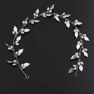 Silver hair  Accessories  Pearls and Silver leaves